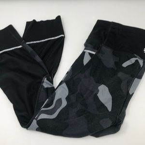 Athleta Camo Leggings Crops with Mesh Inserts